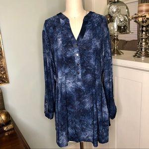 Dress Barn Blue Swirl Blouse Pleated Plus Size Top